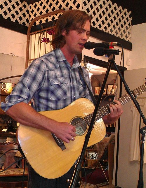 KC Cafe Radio House Concert - Sky Smeed