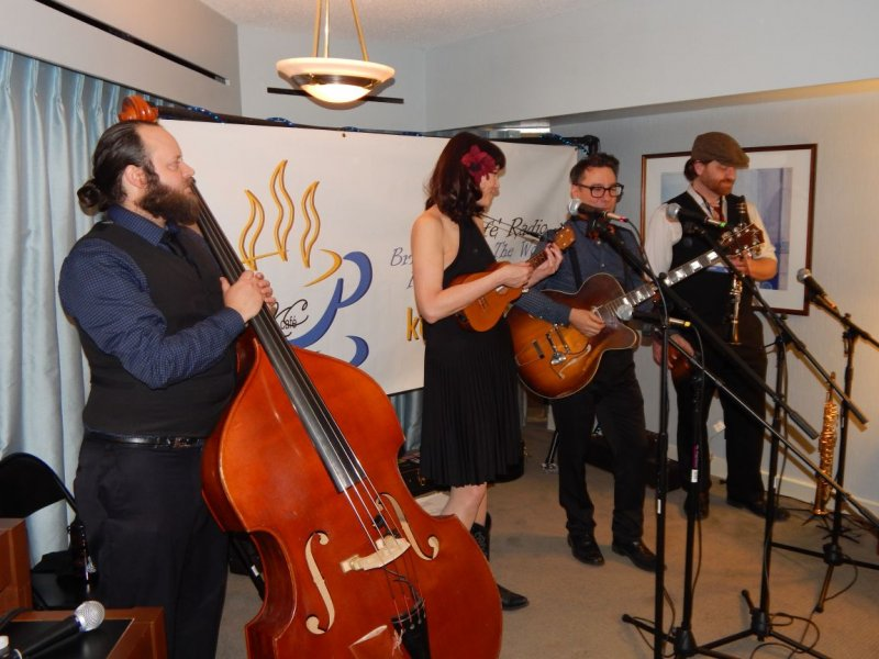 Victor and Penny and The Loose Change Orchestra at the 2015 Folk Alliance Internatinal Conference